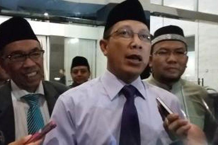 Menteri Agama Lukman Hakim Saifuddin, seusai konferensi pers di Gedung Kementerian Agama, Jakarta, Kamis (16/7/2015).