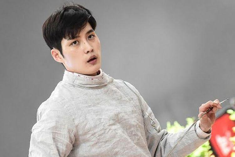 Atlet anggar Kim Jun Ho