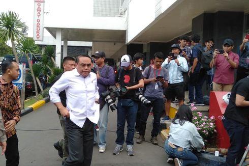 Wiranto Dirujuk ke RSPAD Gatot Subroto, Menpan RB Syafruddin Datang Menjenguk