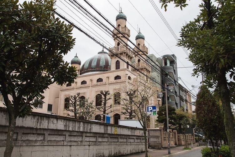 Ilustrasi Masjid Kobe di Jepang.