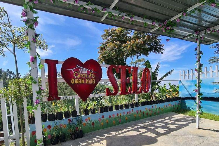 Penginapan dan restoran Omah Kita di Selo, Kabupaten Boyolali, Jawa Tengah.