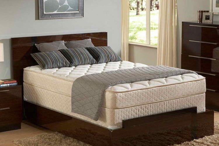 Ilustrasi kasur pada kamar tidur.