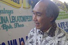 Naik #MH17, Abang Dirut Humpuss Datang untuk Hadiri Pemakaman Ibu