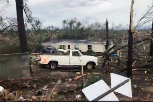 Angin Tornado Hantam Negara Bagian AS, 14 Orang Tewas
