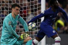 Chelsea Vs Ajax, Gol Bunuh Diri dari Kiper Termahal Dunia