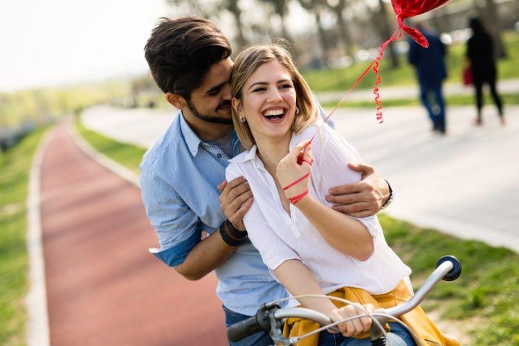8 Tanda Kamu Terlalu Bergantung Dengan Kekasih Halaman All Kompas Com