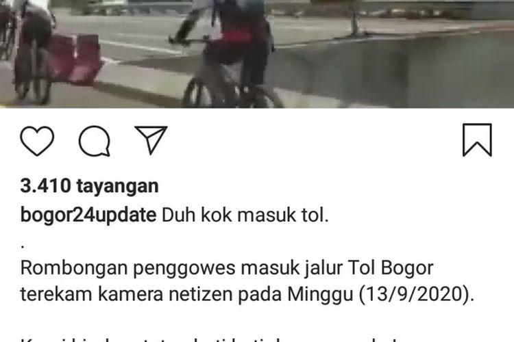 Rombongan pesepeda memasuki Jalan Tol Jagorawi tepatnya Km 46+500, Kecamatan Ciawi, Kabupaten Bogor, Jawa Barat, Minggu (13/9/2020).