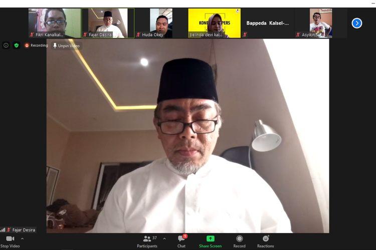 Kepala Bappeda Kalsel, Nurul Fajar Desira memberikan keterangan terkait 33 pegawai di Bappeda Kalsel terinfeksi Covid-19, Rabu (5/8/2020).