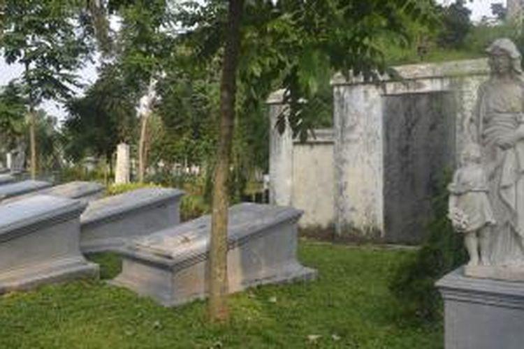 Monumen peringatan peristiwa pecah kulit di Museum Taman Prasasti Jakarta.