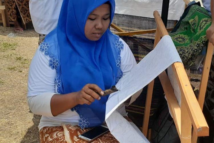 Rosmiyati, Perajin batik asal Imogiri yang sudah membatik sejak SD