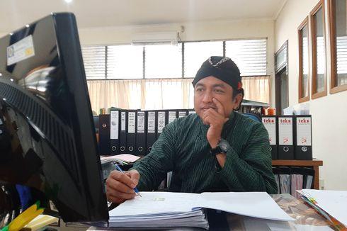 Setiap Kamis Pahing, Sivitas Akademika FK UGM Gunakan Pakaian Tradisional Jawa