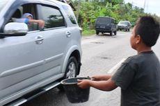 Korban Banjir Aceh Utara Galang Sumbangan dari Pengguna Jalan