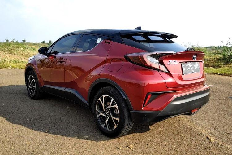 Test Drive Toyota C-HR Hybrid