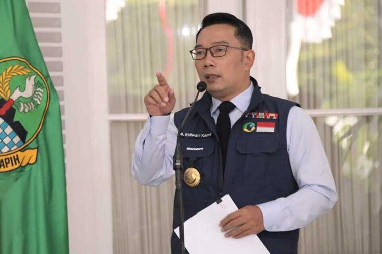 Gubernur Jabar Ridwan Kamil saat memberikan keterangan usai Rapat Koordinasi Progress Penanganan Covid-19 dan Penyerahan Bantuan dua Juta Masker dari BNPB kepada Pemprov Jawa Barat di Gedung Pakuan, Kota Bandung, Kamis (6/8/2020).