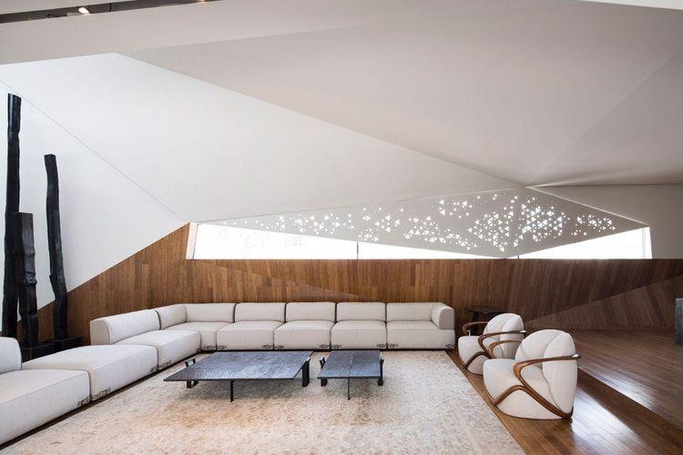 Konsep rumah yang berada di distrik Abdulla Al Salem ini datang dari keinginan si pemilik rumah