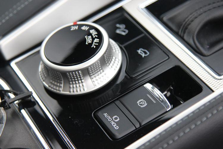 Kompas.com mendapat kesempatan melihat lebih dekat ubahan pada Mitsubishi Pajero Sport Dakar Ultimate 4x4 terbaru. SUV ini mendapat pembaruan di sisi eksterior dan interior