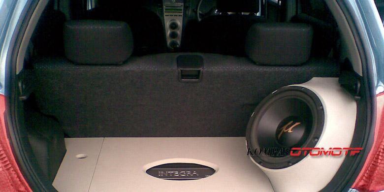 Paket audio mobil sederhana, tapi sesuai selera.