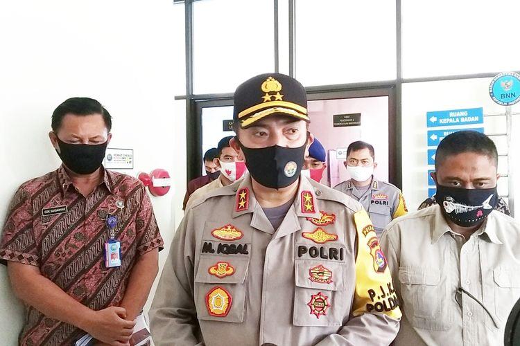Kapolda NTB Irjen Pol Muhammad Iqbal didampingi Kepala BNNP NTB Gde Sugianyar