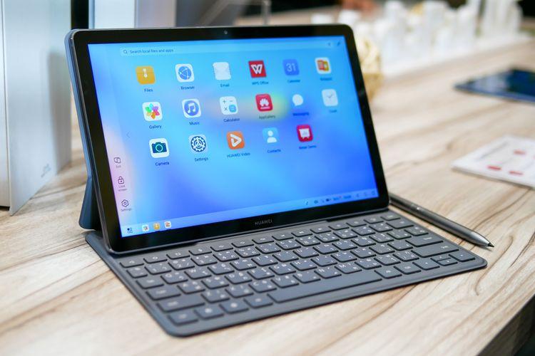 Untuk dapur pacu, Huawei MatePad menggunakan prosesor Kirin 810 yang mampu memberikan performa tinggi dan anti-lagging.