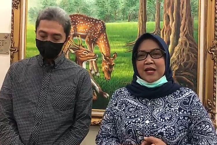 Bupati Bogor Ade Yasin dan Wakil Wali Kota Bogor Dedie A Rachim usai melakukan rapat koordinasi penanganan virus Covid-19 di Rumah Dinas Wali Kota Bogor di Jalan Pajajaran, Kota Bogor, Jawa Barat, Minggu (29/3/2020).
