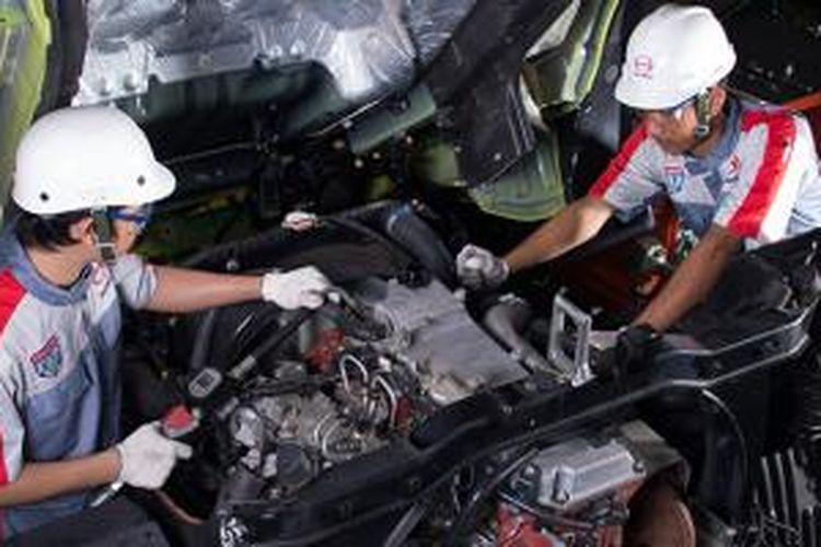 Perawatan kendaraan berkala gratis buat semua kendaraan baru Hino.