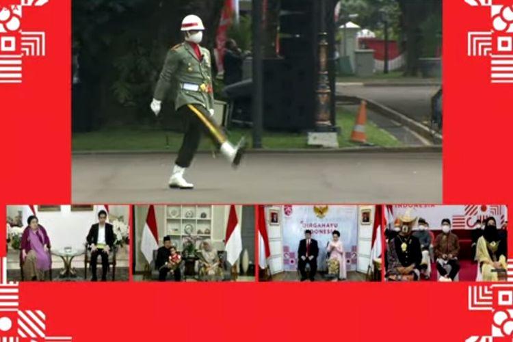 Mantan Wakil Presiden Jusuf Kalla besama istri dan cucu mengikuti upacara virtual