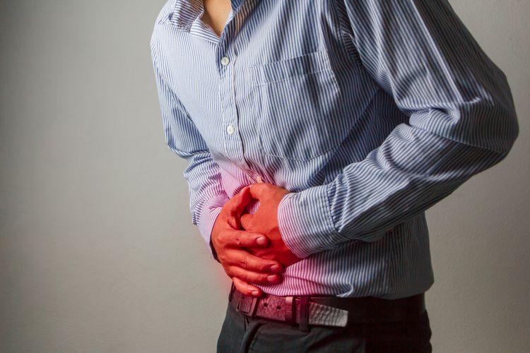 Ilustrasi sakit perut karena usus buntu.