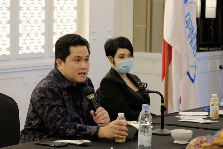 Menteri BUMN Erick Thohir bersama Ketua Apindo Jabar Ning Wahyu Astutik.