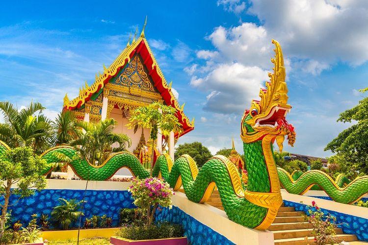 Ilustrasi Thailand - Karon Temple di Phuket.