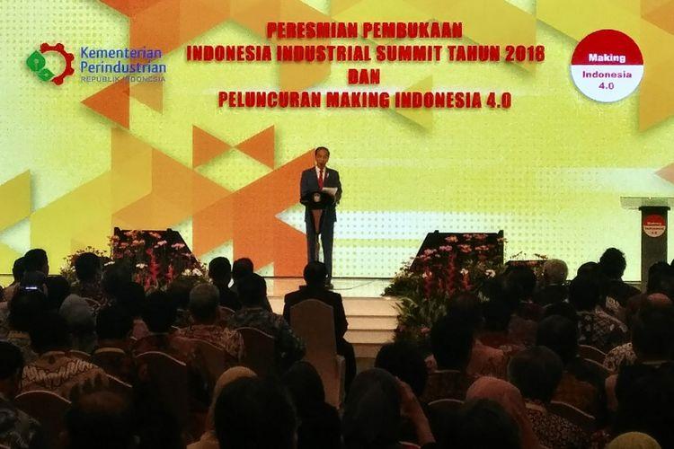 """Presiden Joko Widodo saat peresmian pembukaan Indonesia Industrial Summit Tahun 2018 dan Peluncuran """"Making Indonesia 4.0"""" di Jakarta Convention Center, Senayan, Jakarta, Rabu (4/4/2018)."""