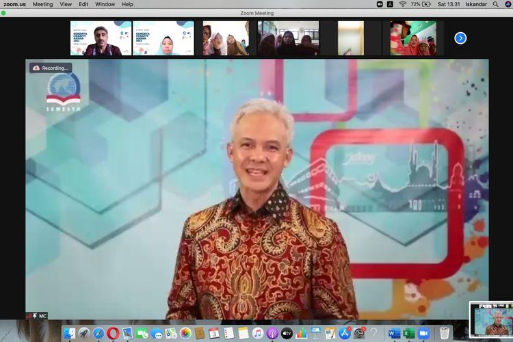 Acara penutupan Semesta Charity Akbar, yang diadakan Sekolah Semesta Semarang, Sabtu, 3 April 2021 via Zoom, turut dihadiri Gubernur Jateng, Ganjar Pranowo.
