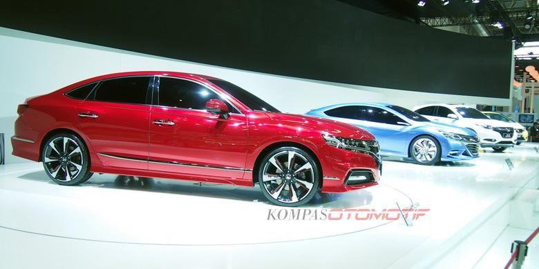 Suasana booth Honda di Beijing Auto Show 2014
