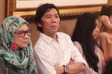 Bertemu Jokowi, Slank Berikan Batik Pekalongan