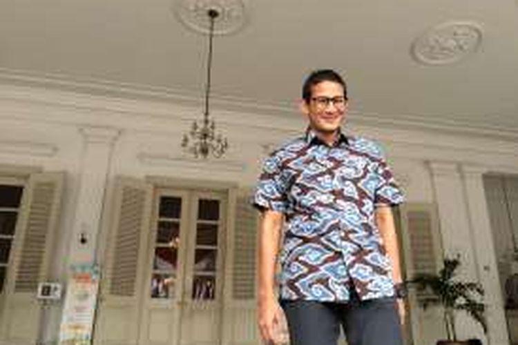Bakal calon gubernur DKI Jakarta, Sandiaga Uno di Balai Kota, Jakarta, Jumat (12/8/2016).