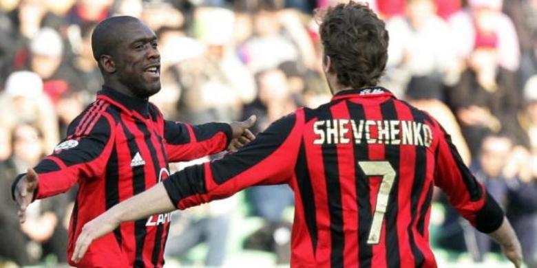Andriy SHevchenko (kanan) dan Clarence Seedorf saat masih sama-sama membela AC Milan.