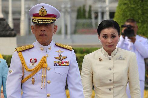 Jelang Dinobatkan, Raja Thailand Kunjungi Para Leluhur