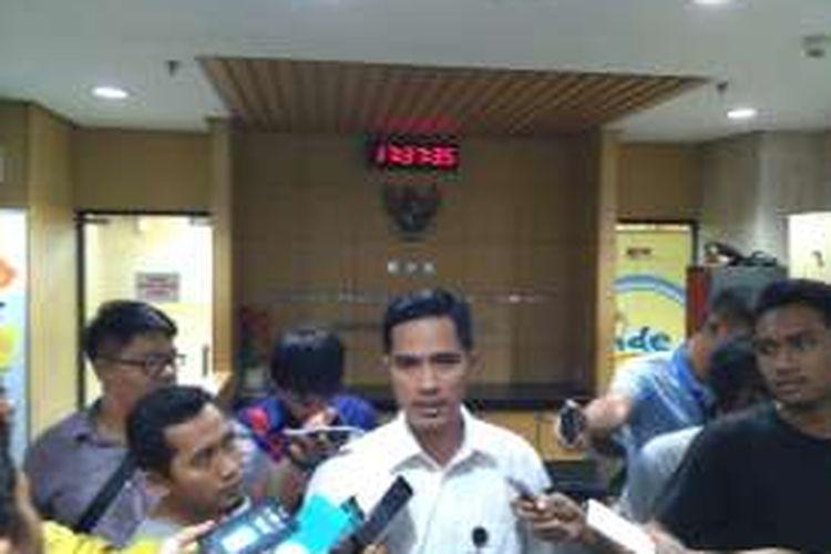 Juru Bicara KPK Febri Diansyah di gedung KPK, Jakarta, Selasa (27/12/2016)