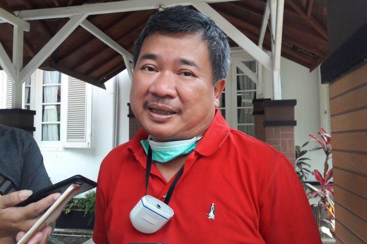 Bupati Garut Rudy Gunawan saat diwawancara, Jumat (17/04/2020)