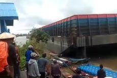 Tongkang Batu Bara Tabrak Dermaga di Kukar, 4 Perahu Nelayan Tenggelam