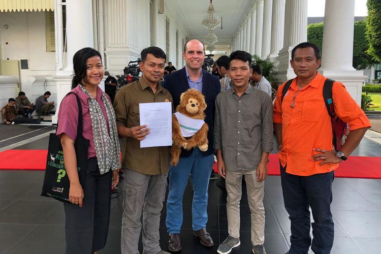 Koalisi Indonesia memberikan surat ke istana pada Selasa (5/3/2019)