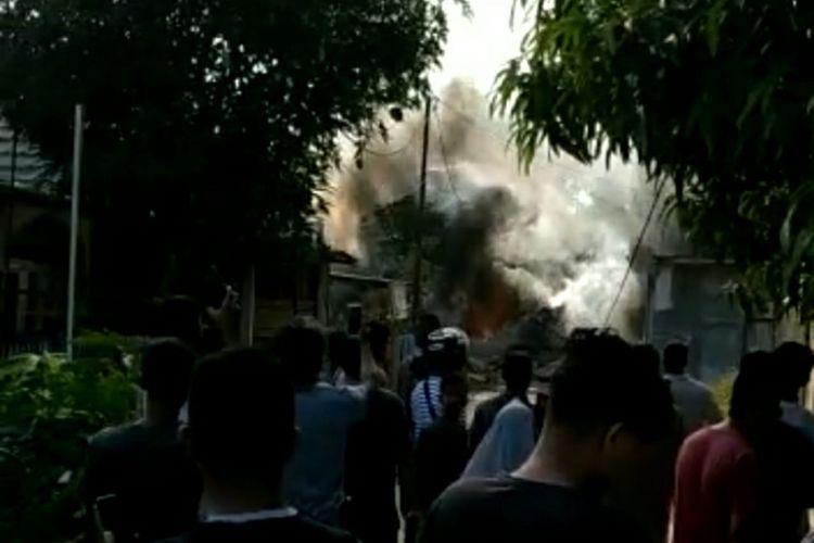 Pesawat tempur TNI AU jatuh di Kampar, Riau.