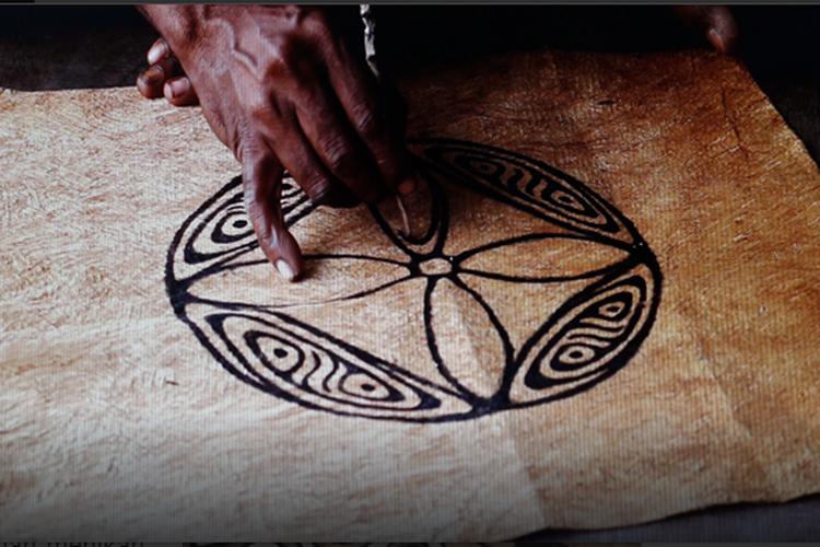Khombow, Seni Lukis dari Jayapura