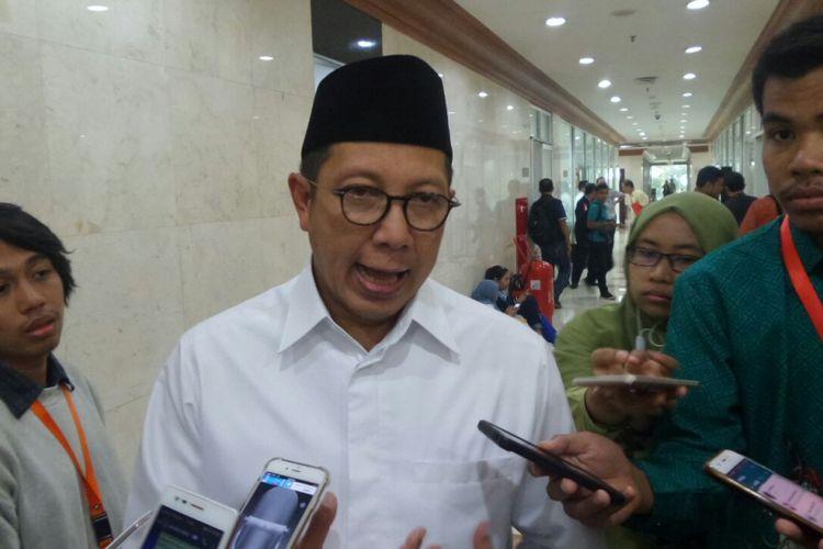 Menteri Agama Lukman Hakim Saifuddin di Kompleks Parlemen, Senayan, Jakarta, Kamis (13/7/2017).