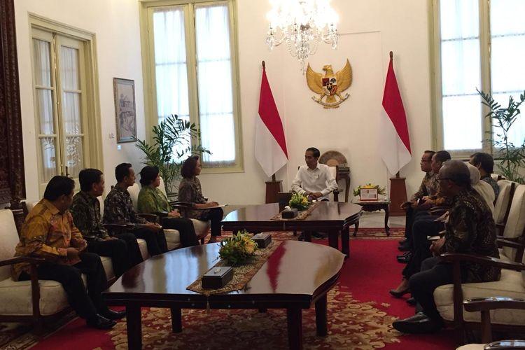 Presiden Joko Widodo bertemu panita seleksi calon pimpinan Komisi Pemberantasan Korupsi Korupsi. Pertemuan berlangsung di Istana Merdeka, Jakarta, Senin (17/6/2019).
