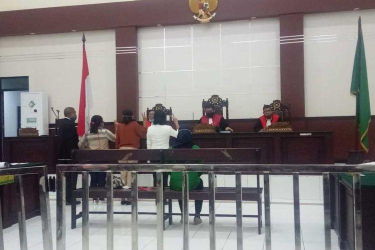 Sidang perdana penganiayaan tenaga medis RSUD dr Haulussy Ambon berlangsung secara virtual di Pengadilan Negeri Ambon, Rabu (2/9/2020)