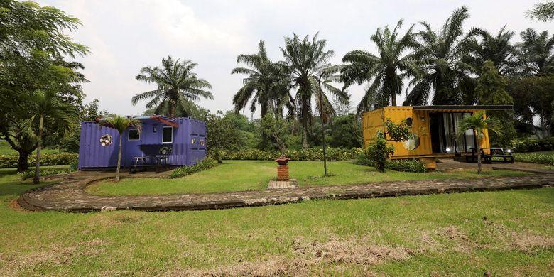 Kontainer De Cabin di Taman Buah Mekarsari, Jonggol, Kabupaten Bogor. Foto diambil  21/2/2017.