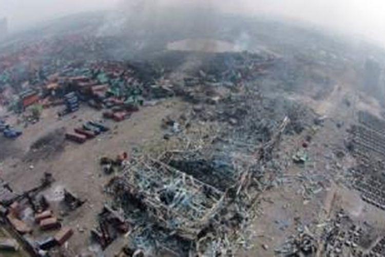 Gudang penyimpanan milik Ruihai Logistics menampung sejumlah zat kimia