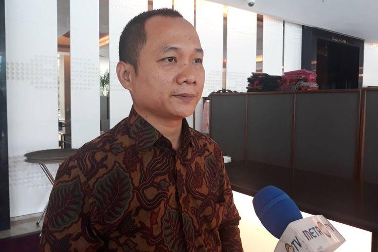 Peneliti Pusat Studi Hukum dan Kebijakan (PSHK) Nur Sholikin usai diskusi di kawasan Kuningan, Jakarta Selatan, Selasa (15/10/2019).