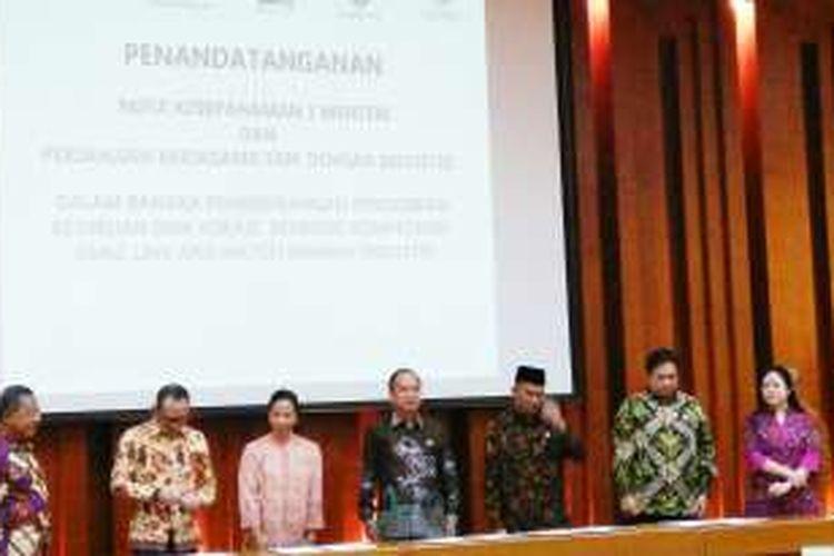 Acara penandatanganan nota kesepahaman antara 5 Menteri terkait pendidikan vokasi di Jakarta, Selasa (29/11/2016).