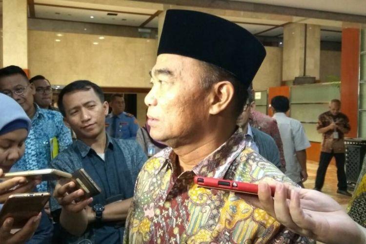 Menteri Pendidikan dan Kebudayaan Muhadjir Effendy di Kompleks Parlemen, Senayan, Jakarta, Selasa (13/6/2017)